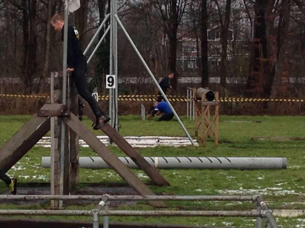 SaenOutdoor MidWinter Obstacle Run
